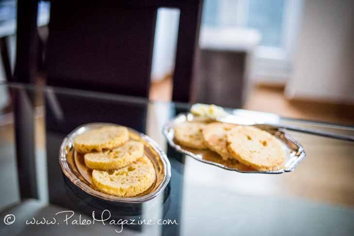 90-Second Microwave Paleo Bread Recipe #paleo #bread #recipe https://ketosummit.com/microwave-paleo-bread