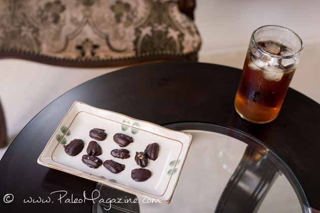 paleo keto chocolate pecan dessert recipe