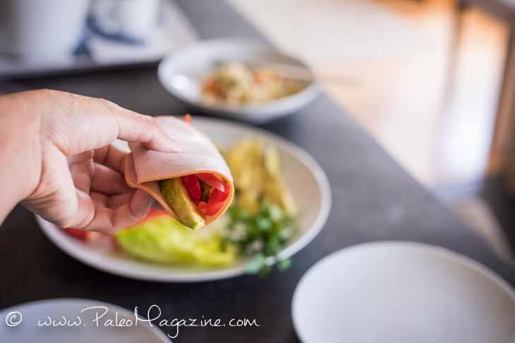 Easy No-Cook Raw Veggie Deli Meat Wraps [Paleo, Keto] #paleo #keto #deli #recipes - https://ketosummit.com/easy-no-cook-raw-veggie-deli-meat-wraps