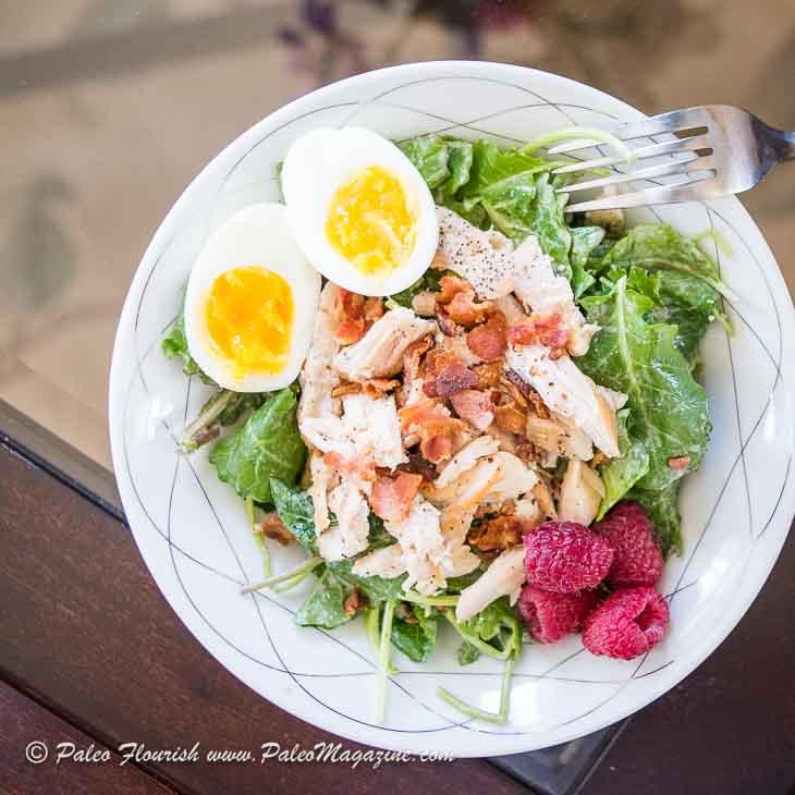 Keto Kale Caesar Salad Recipe [Paleo, Low Carb, Dairy-Free] #salad #recipe https://ketosummit.com/keto-kale-caesar-salad-recipe