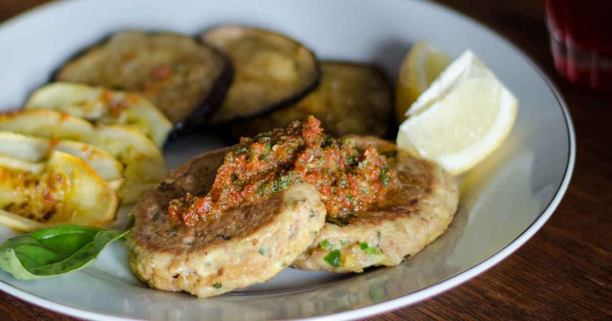 21 Flavorful Ketogenic Fish Recipes You'll Enjoy (Even If You Don't Like Fish) https://ketosummit.com/keto-fish-recipes/
