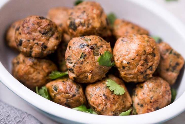 Baked chicken keto meatballs
