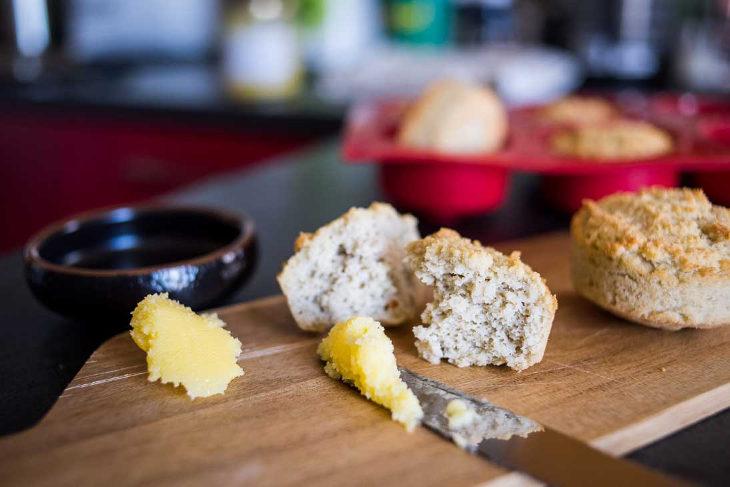 """Keto """"Cornbread"""" Muffins Recipe #keto https://ketosummit.com/keto-cornbread-muffins-recipe"""