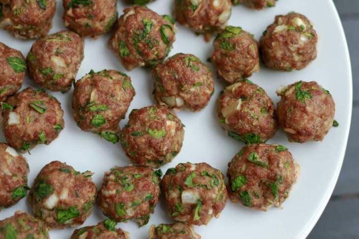 Spinach cilantro keto meatballs