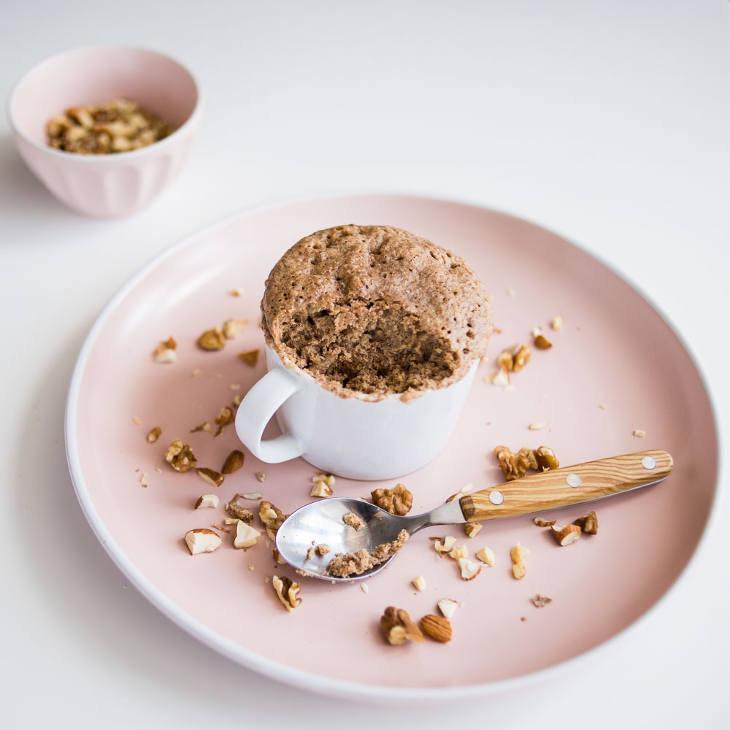 """4-Ingredient Keto """"Peanut"""" Butter Mug Cake"""