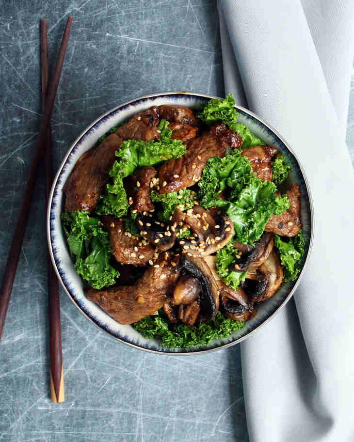 Keto Beef Teriyaki Recipe with Sesame and Kale #keto https://ketosummit.com/keto-beef-teriyaki-recipe