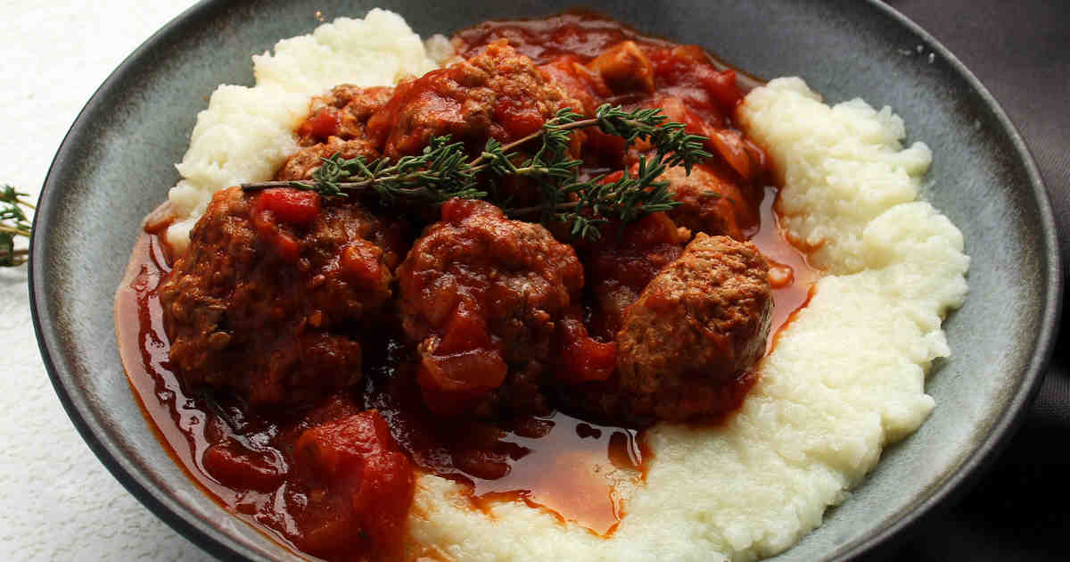 28 Marvelous Recipes for Keto Meatballs https://ketosummit.com/keto-meatball-recipes