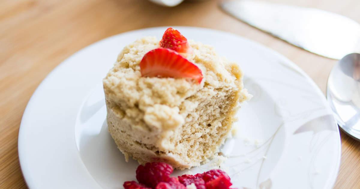 20+ Mouth-Watering Keto Mug Cake Recipes https://ketosummit.com/keto-mug-cake-recipes/