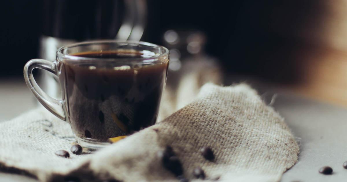 34 Revitalizing Coffee and Tea Recipes #keto https://ketosummit.com/ketogenic-coffee-and-tea-recipes