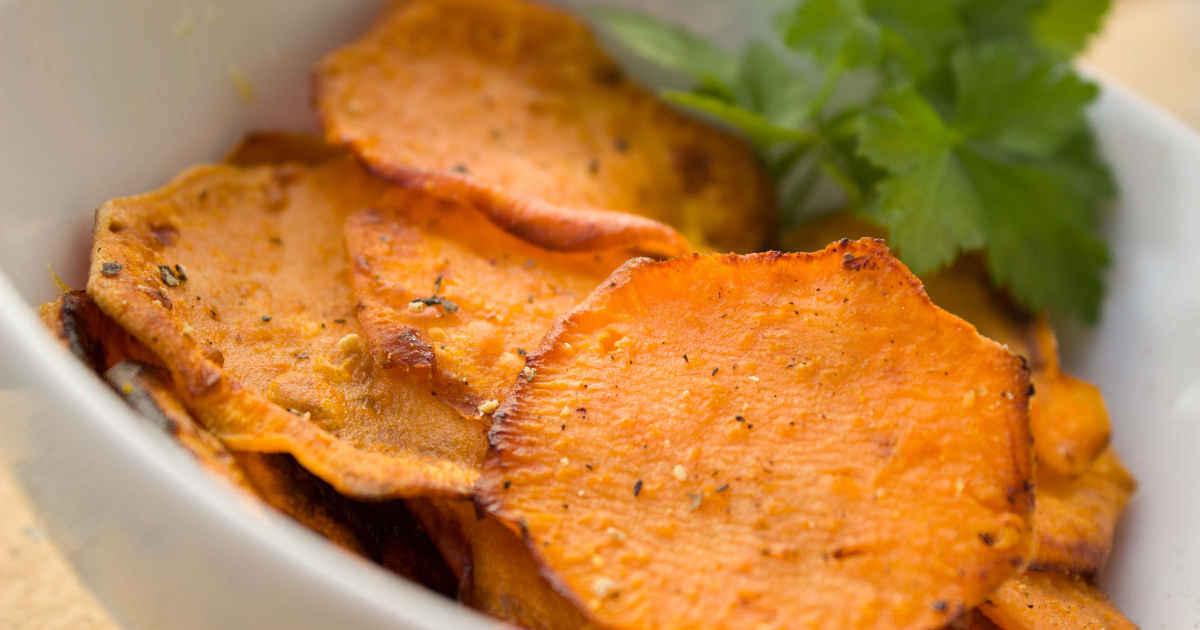 32 Keto Chip Recipes Perfect for Cravings https://ketosummit.com/keto-chip-recipes