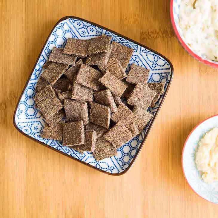 Keto Garlic Chia Crackers