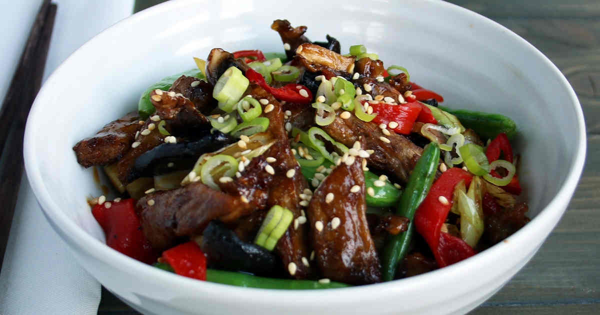 31 Keto Chinese Recipes to Go Crazy For! ketosummit.com/keto-chinese-recipes