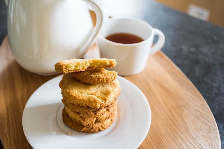 Keto Almond Flour Cookies with Lemon Zest