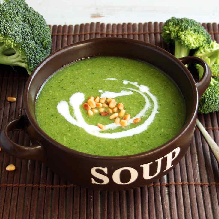 Keto Broccoli Soup Recipe #keto https://ketosummit.com/keto-broccoli-soup-recipe