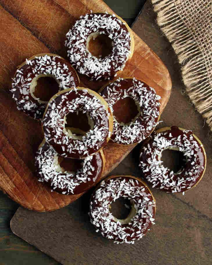 Keto Donuts Recipe #keto https://ketosummit.com/keto-donuts-recipe