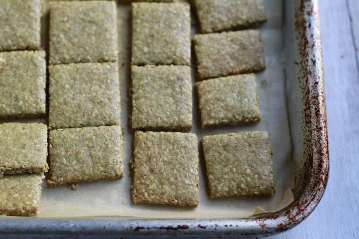 Cheesy keto crackers