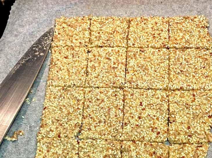 Wheat free keto crackers