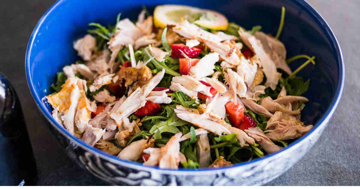 25 Keto Chicken Salad Recipes Perfect for Picnics https://ketosummit.com/keto-chicken-salad-recipes