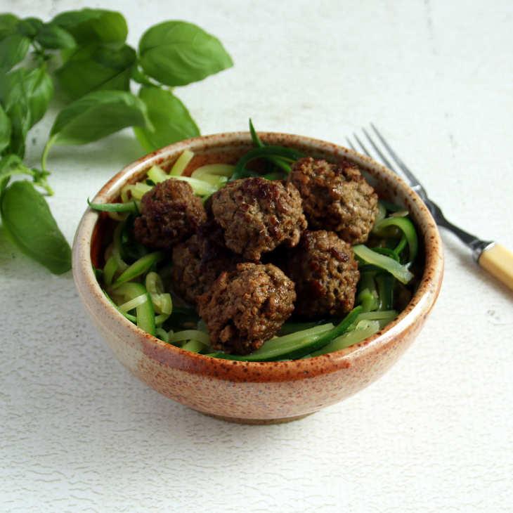 Keto Crockpot Spaghetti and Pesto Meatballs Recipe #keto https://ketosummit.com/keto-crockpot-spaghetti-meatballs-recipe