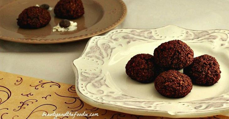 Paleo Chewy Coconut Brownie Bites