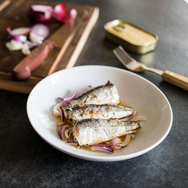 5-Minute Keto Sardines and Onions Recipe