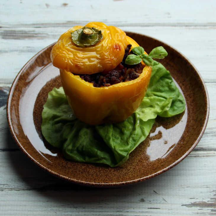 Keto Beef Stuffed Peppers Recipe #keto https://ketosummit.com/keto-beef-stuffed-peppers-recipe