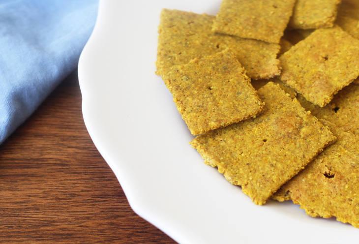 "Autoimmune Paleo ""Cheese"" Crackers Recipe"