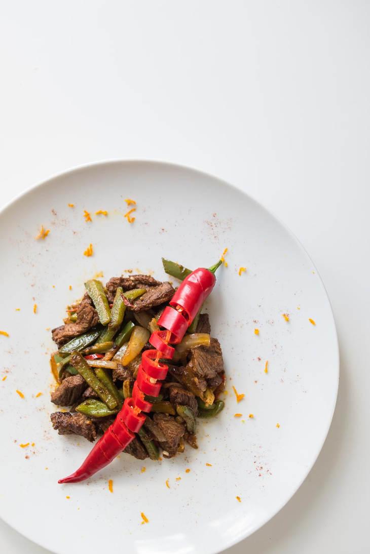 Keto Mexican Beef Stir-fry Recipe #keto https://ketosummit.com/keto-mexican-beef-stir-fry-recipe