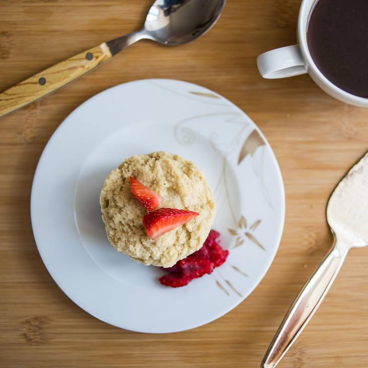 Keto Vanilla Mug Cake Recipe #keto https://ketosummit.com/keto-vanilla-mug-cake-recipe