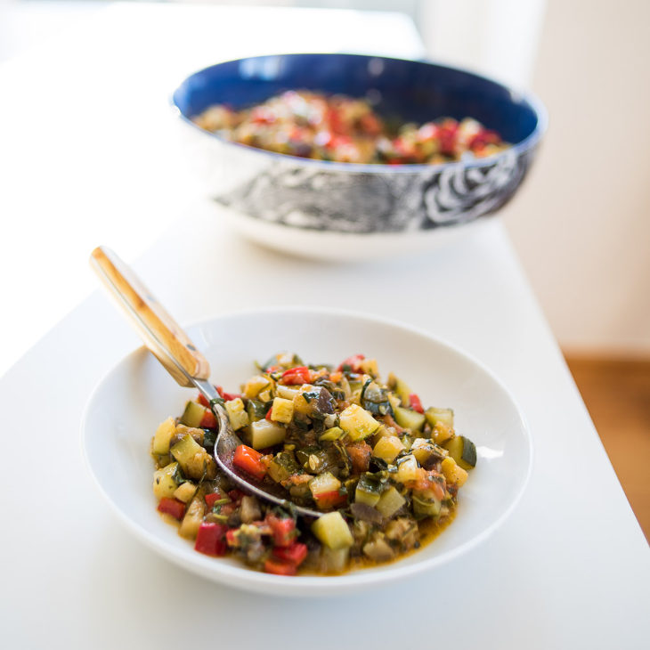 Easy Keto Vegetable Ratatouille Recipe #keto https://ketosummit.com/easy-keto-vegetable-ratatouille-recipe