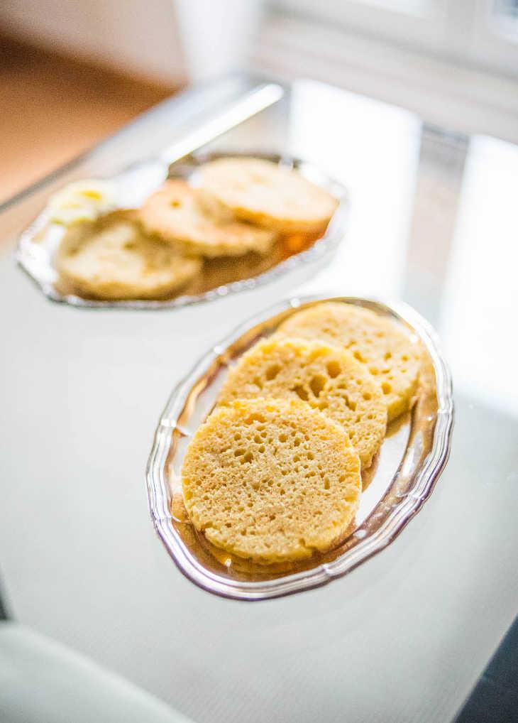90-Second Keto Bread #keto https://ketosummit.com/microwave-keto-bread