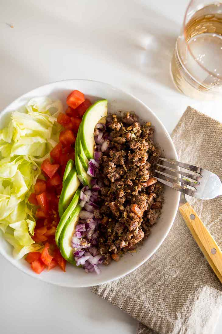Keto Taco Salad #keto https://ketosummit.com/keto-taco-salad