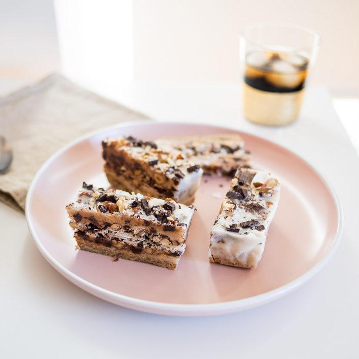 Keto Chocolate Hazelnut Bars #keto https://ketosummit.com/keto-chocolate-hazelnut-bars