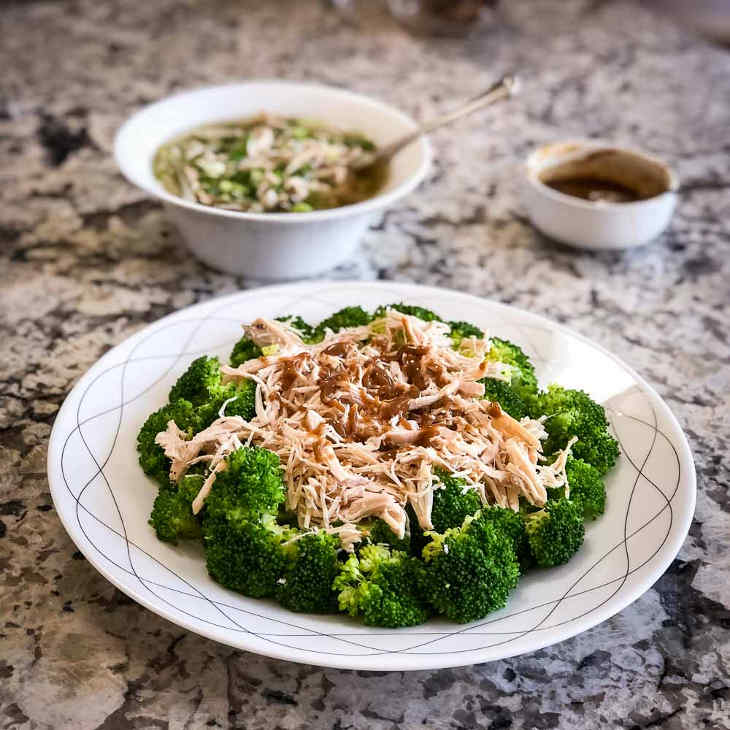 Keto Crockpot Shredded Chicken #keto https://ketosummit.com/keto-crockpot-shredded-chicken