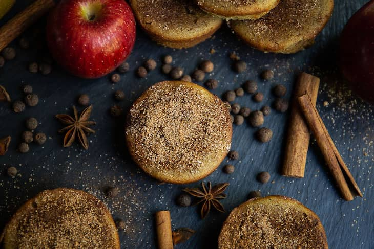 Keto Apple Cider Doughnut Muffins