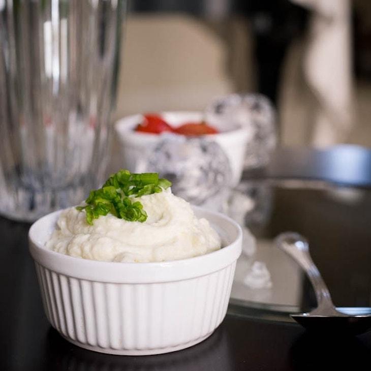 Creamy Paleo Cauliflower Mash [Dairy-Free, Keto, AIP]