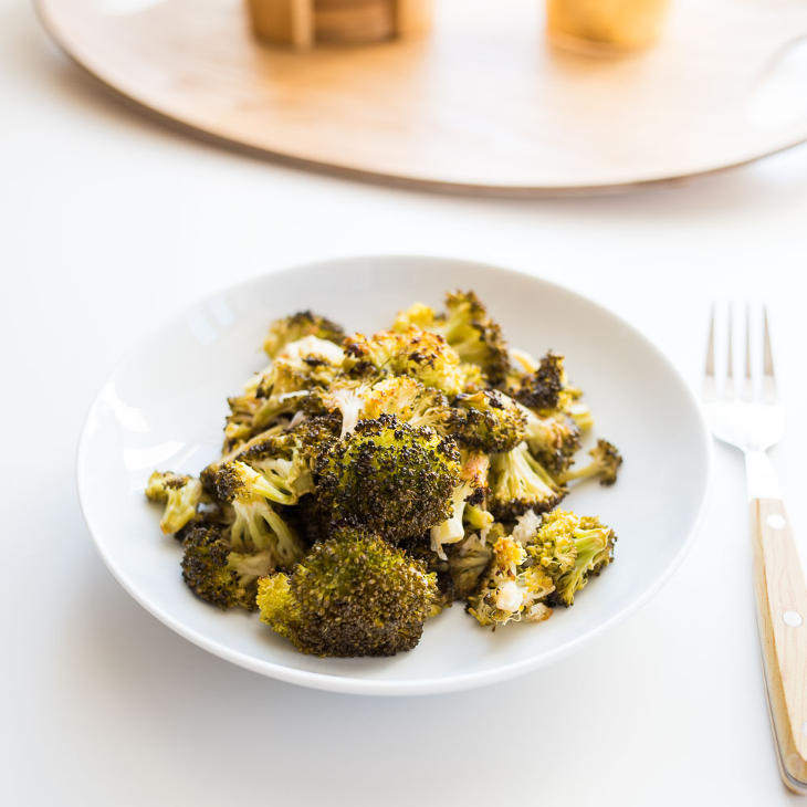 Keto Roasted Garlic Lemon Broccoli