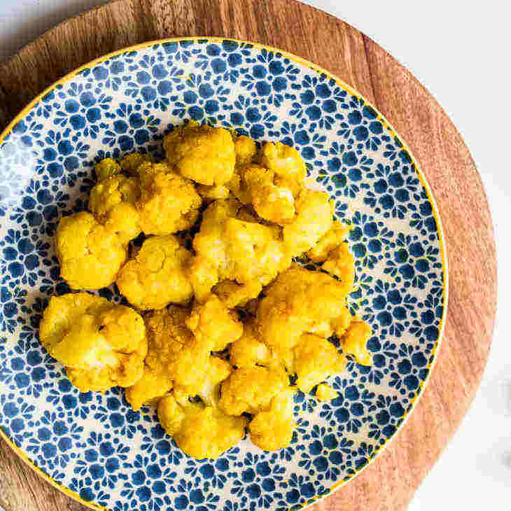 Keto Roasted Turmeric Cauliflower