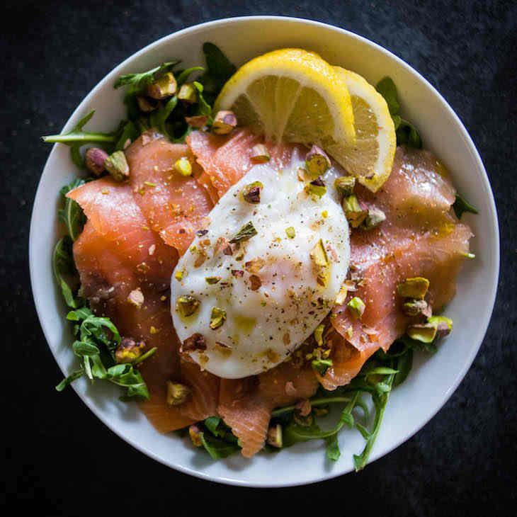 Keto Smoked Salmon Salad Recipe with Poached Egg