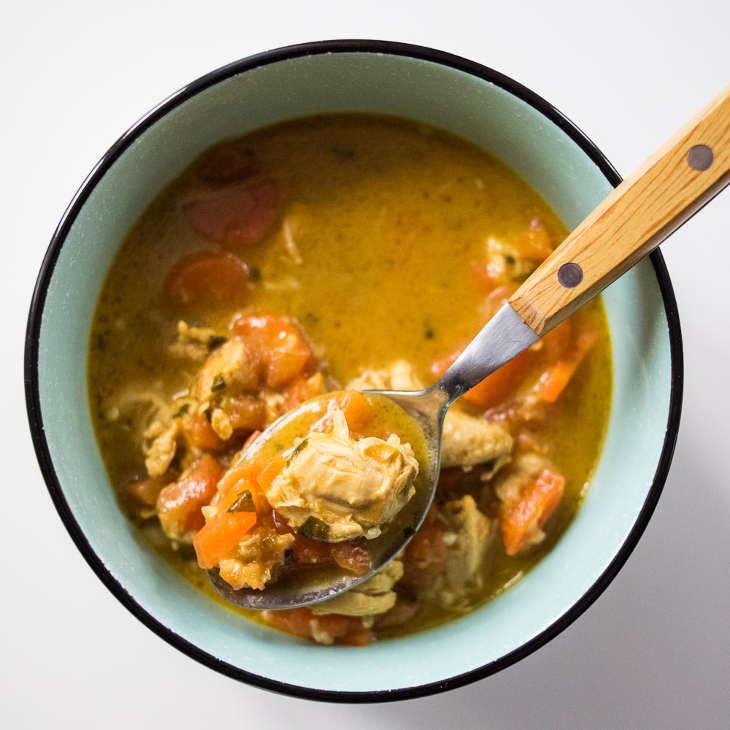 Keto Curry di pollo al cocco #keto https://ketosummit.com/keto-coconut-chicken-curry[19659015RedazioneIngredienti:</strong> Petti di pollo, olio di cocco, crema di cocco, brodo di pollo, carota, pomodoro, curry, zenzero fresco, aglio, coriandolo, sale, pepe. </p> <p> Pollo al curry … uno dei piatti indiani più popolari (se non molto specifici). Questo usa la crema di cocco per creare una salsa super deliziosa che non ha bisogno di essere zuccherata, dato che ottieni gli aromi aromatici di aglio, zenzero e curry. </p> <h3 id=