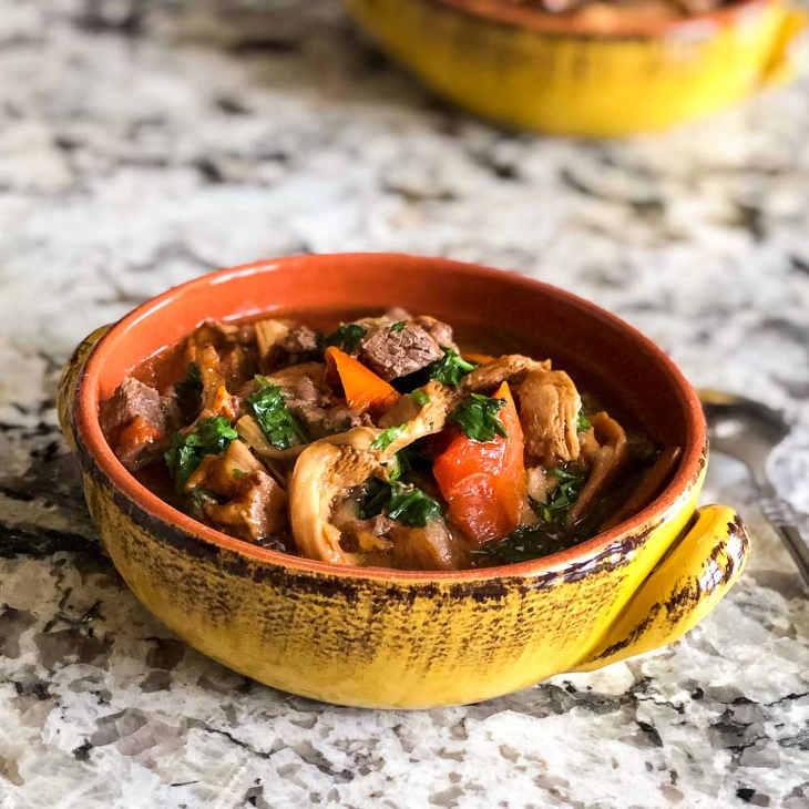 Keto Instant Pot Beef Stew #keto https://ketosummit.com/keto-instant-pot-beef-stew