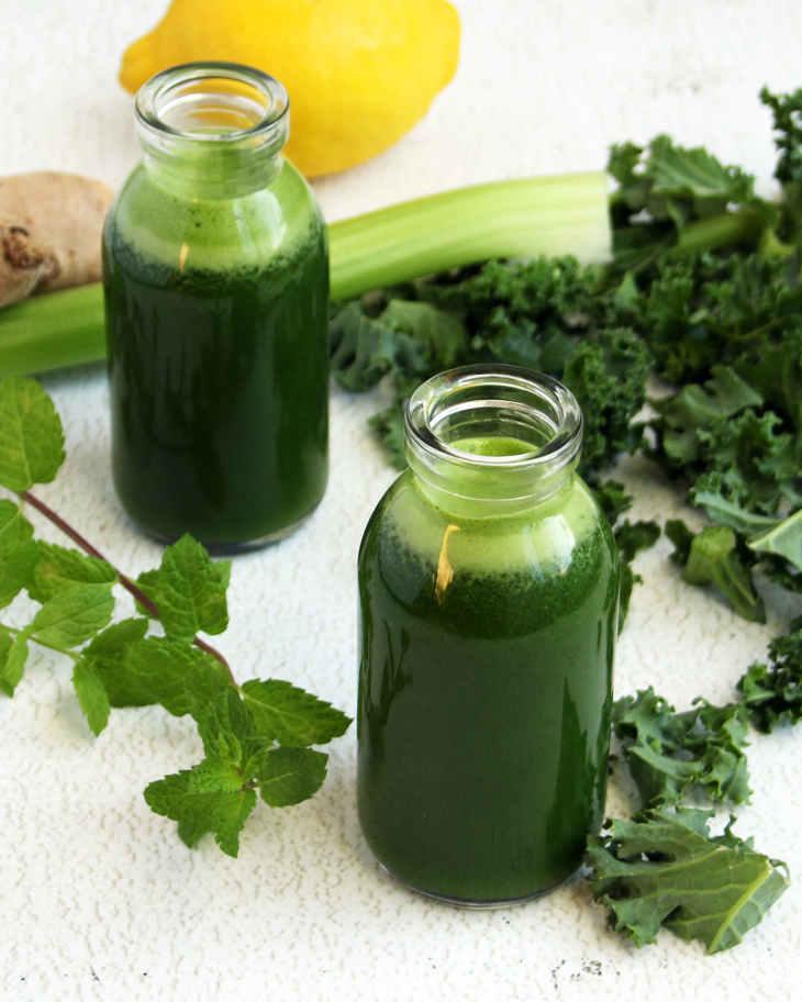 Keto Lemon Ginger Green Juice Shots Recipe #keto https://ketosummit.com/keto-lemon-ginger-green-juice-shots-recipe