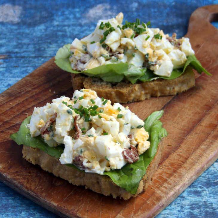 Keto Open Egg Salad Sandwiches Recipe #keto https://ketosummit.com/keto-open-egg-salad-sandwiches-recipe