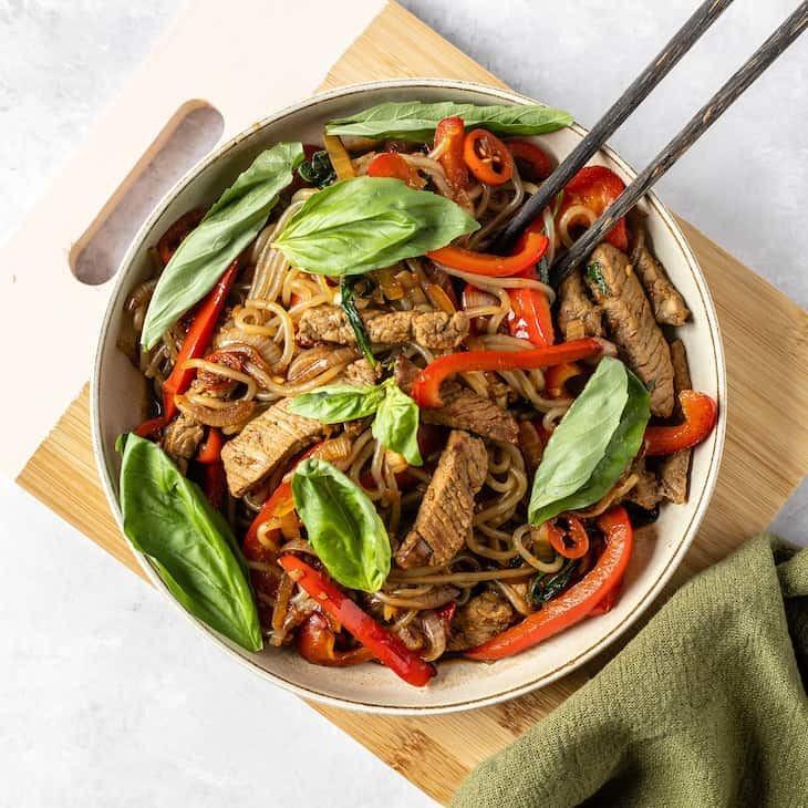 Keto Chili Basil Beef Noodle Stir Fry Recipe #keto #recipe https://ketosummit.com/keto-chili-basil-beef-noodle-stir-fry-recipe
